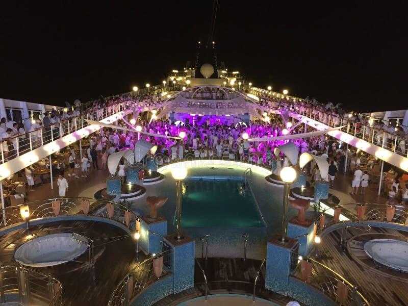 Reveillon binnen een cruisespaander stock foto