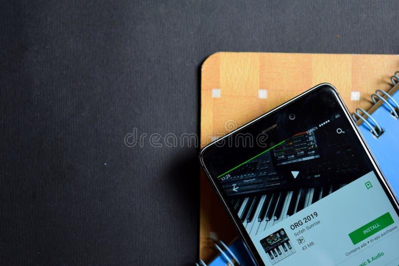 Revelador 2019 de ORG app en la pantalla de Smartphone fotos de archivo