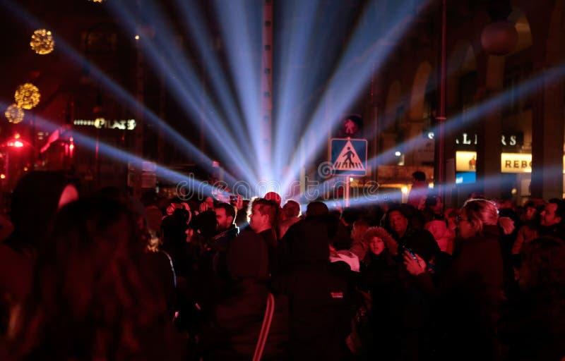 Revellers κατά τη διάρκεια των τοπικών εορτασμών προστατών Αγίου Sebastian στοκ εικόνα με δικαίωμα ελεύθερης χρήσης