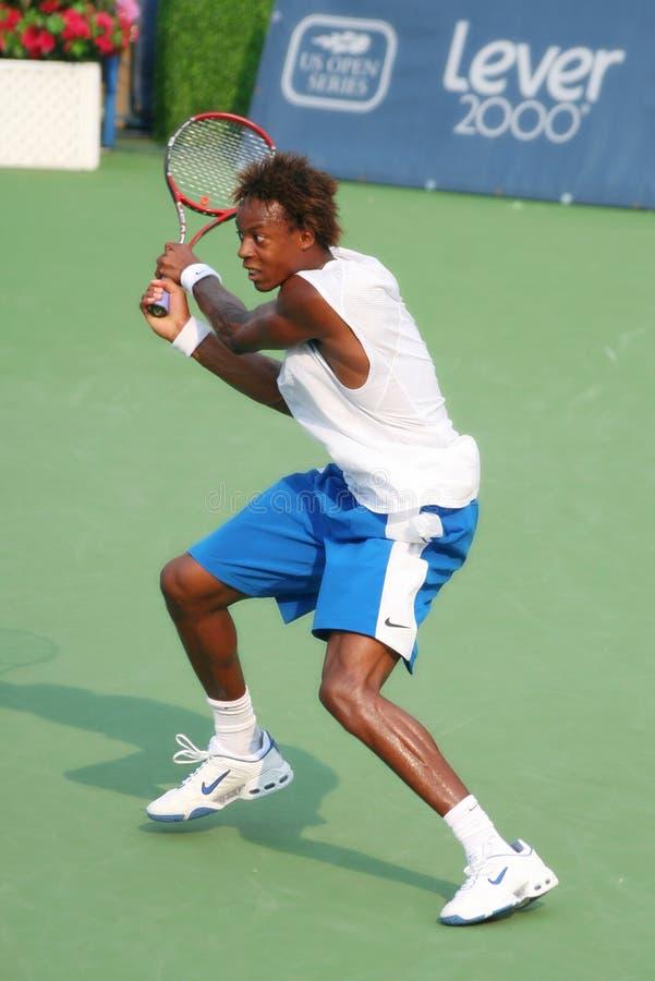 Revers de tennis de Gael Monfils photographie stock libre de droits