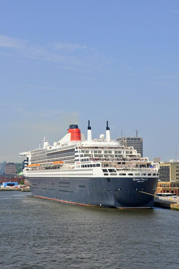 Revestimiento marino famoso de los mundos Queen Mary 2 foto de archivo libre de regalías