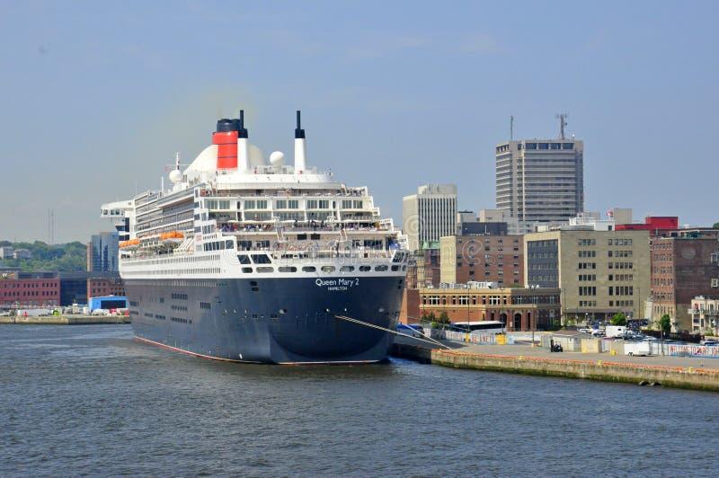 Revestimiento marino Queen Mary 2 fotos de archivo