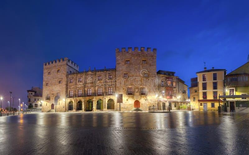 Revillagigedo Palace in Gijon City, Asturien, Spanien stockbild