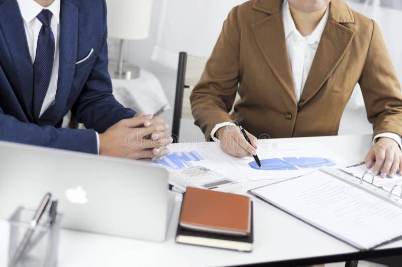 Revisão de encontro consultiva da gestão do investimento da administração do planeamento do contador foto de stock royalty free