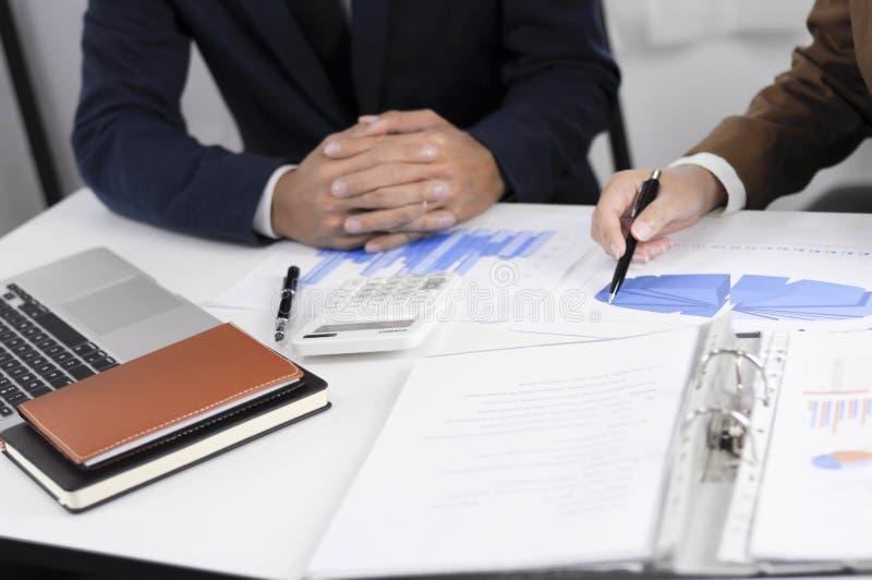 Revisão de encontro consultiva da gestão do investimento da administração do planeamento do contador fotos de stock royalty free