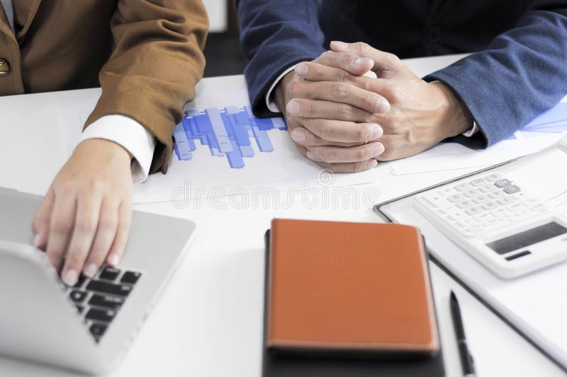 Revisão de encontro consultiva da gestão do investimento da administração do planeamento do contador fotos de stock