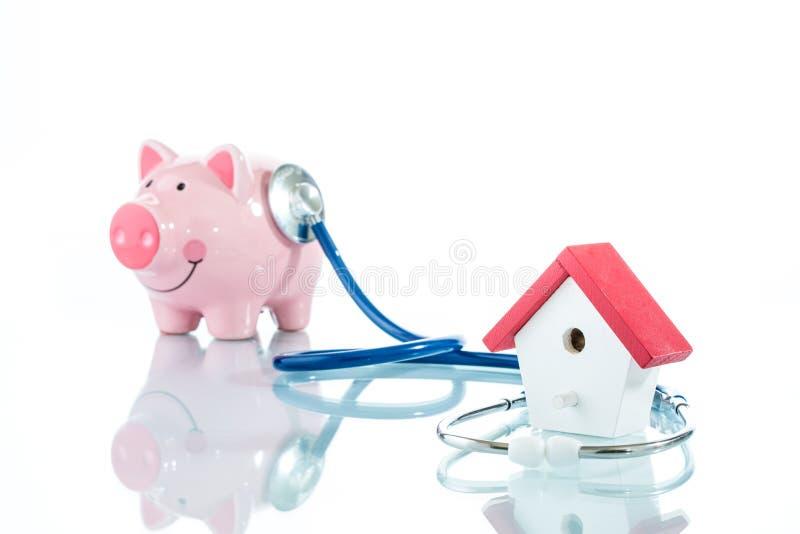 Revisión médica del préstamo hipotecario fotografía de archivo libre de regalías