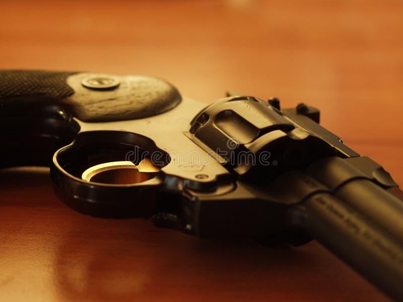 Download Revolver 2 arkivfoto. Bild av sport, våld, fara, mord, metall - 39500