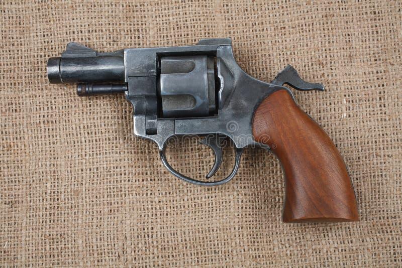 Revolver sur la toile images stock