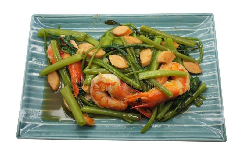 Revuelva Fried Water Spinach/la correhuela con el camarón/los mariscos, comida tailandesa imagen de archivo libre de regalías
