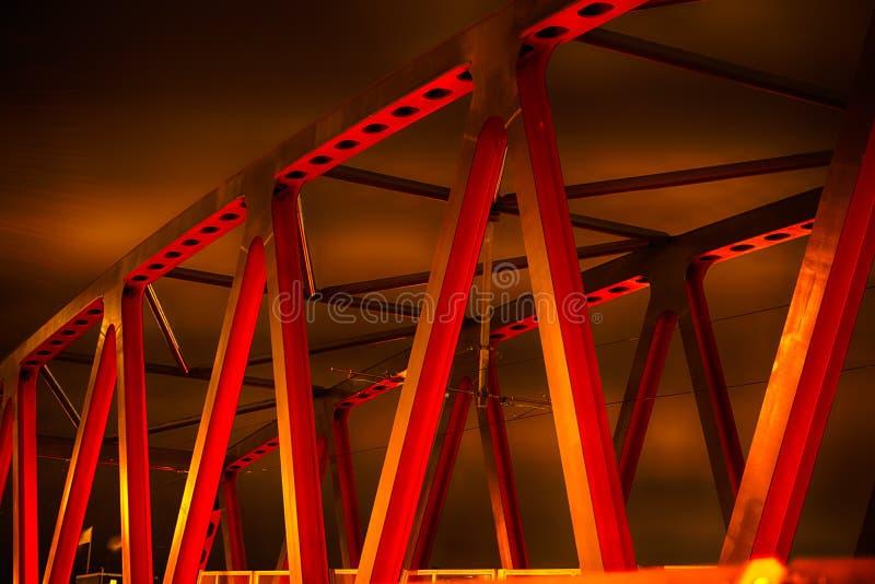 Rewolucjonistka most przy nocą zdjęcie stock