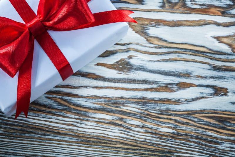 Rewolucjonistki teraźniejszości pudełko na drewnianego tła horyzontalnym widoku obraz royalty free
