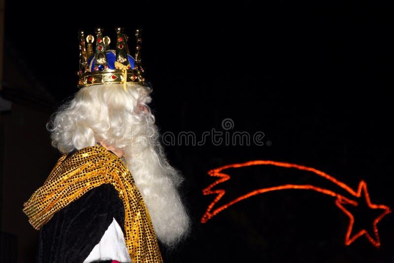 Rey bíblico del blanco de unos de los reyes magos fotografía de archivo