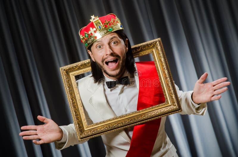 Rey con el marco imagen de archivo libre de regalías