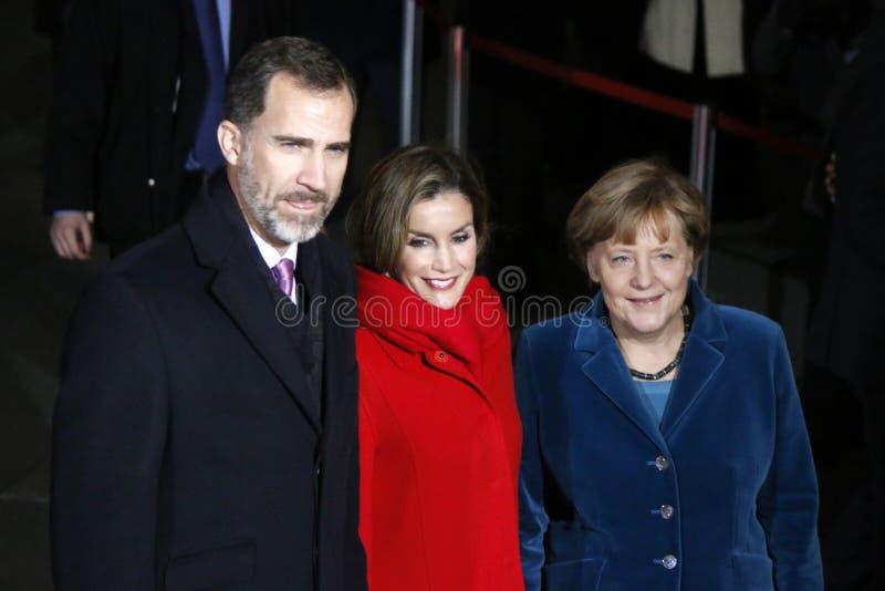 Rey español Felipe VI, reina Letizia, canciller Angela Merkel foto de archivo libre de regalías