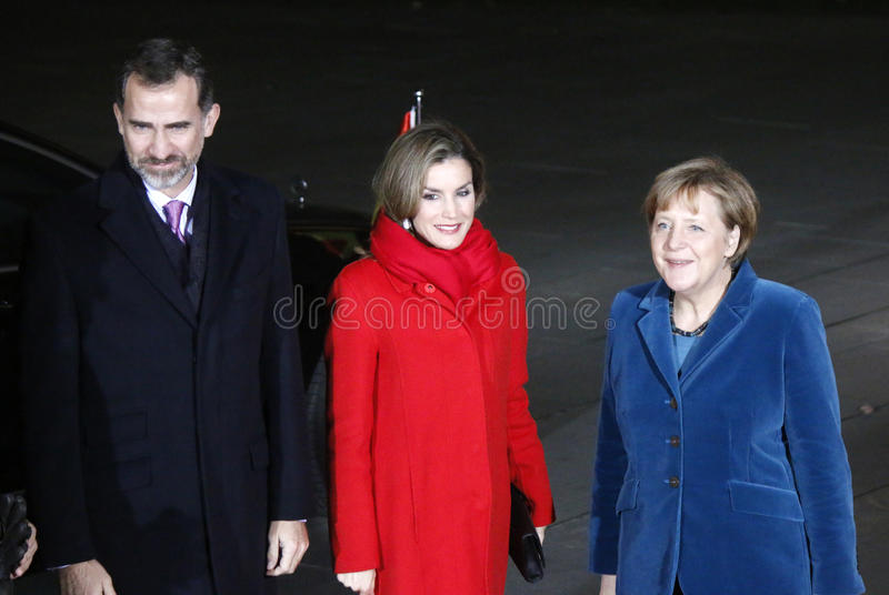 Rey español Felipe VI, reina Letizia, canciller Angela Merkel imagen de archivo