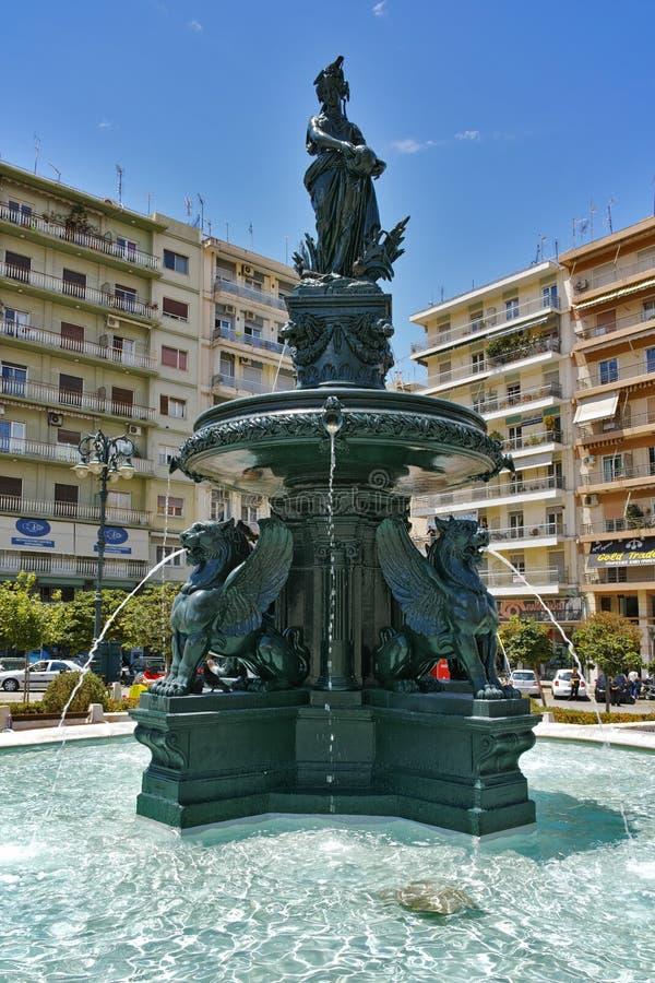 Rey George I Square en Patras, Peloponeso, Grecia imagenes de archivo