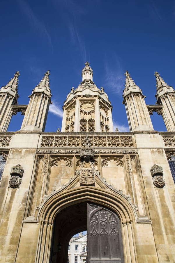 Reyes College Gate House en Cambridge imagen de archivo libre de regalías