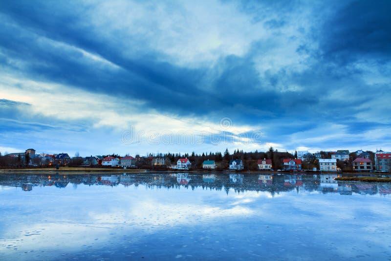 Reykjavik湖Tjornin 免版税库存图片