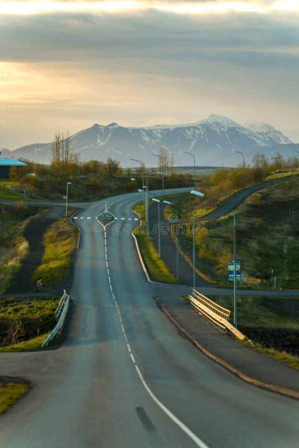 Download Reykjavik stockbild. Bild von grün, hintergrund, nave - 96932661