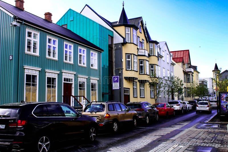 Reykjavik Islândia - 14 de maio de 2018: Foto editorial das ruas de Reykjavik Reykjavik é um turista muito na moda imagem de stock royalty free