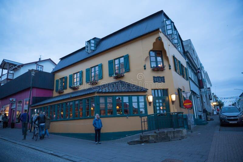 Download REYKJAVIK, ISLANDIA 4 DE AGOSTO: Calles 4, 2013 De La Ciudad En Reykjavik, Foto editorial - Imagen de edificios, districto: 44852106