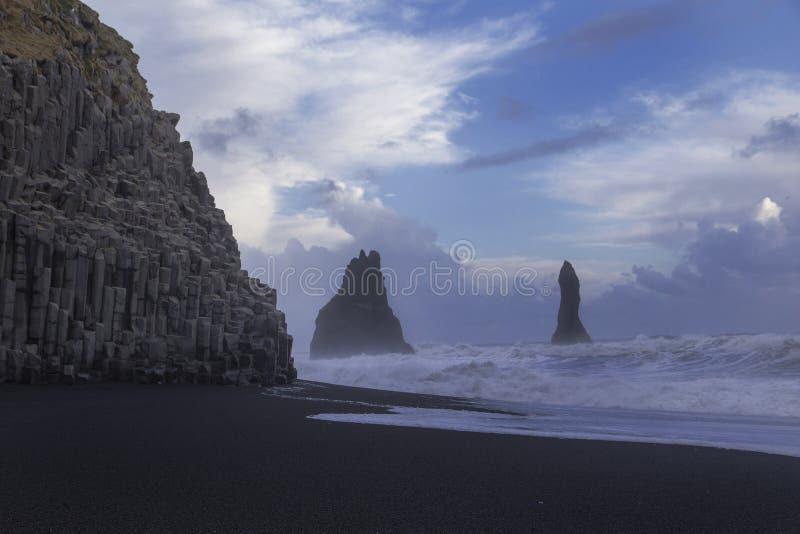 Reynisfjara-Strand, Island lizenzfreie stockfotografie