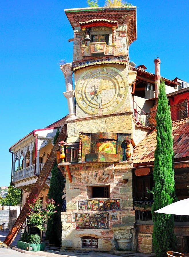 Rezo Gabriadze Kontrollturm, Tibilisi Georgia stockbilder