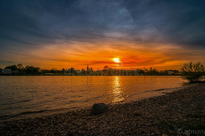 Rhein flod royaltyfria bilder