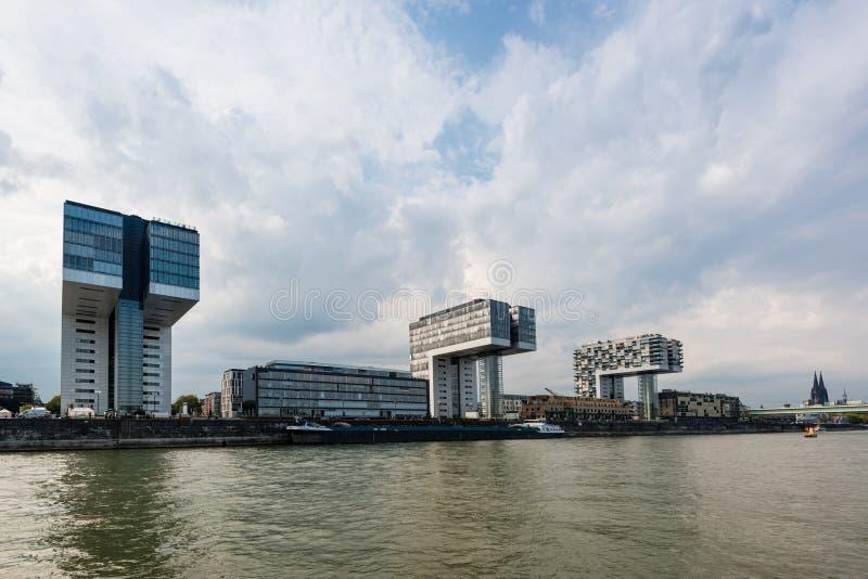 Rheinau-Hafen in Köln lizenzfreie stockfotografie