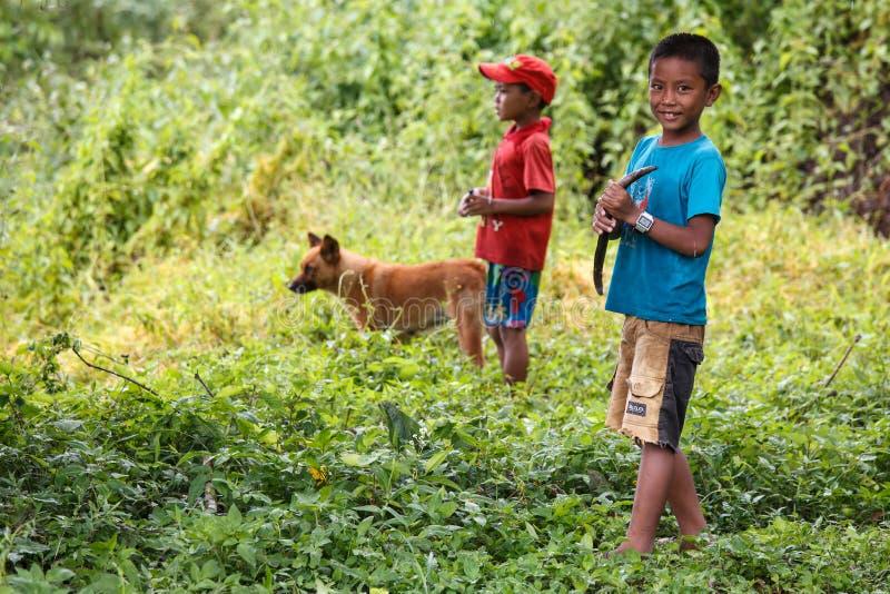 Rhi湖的,缅甸(缅甸)年轻渔夫 免版税库存照片