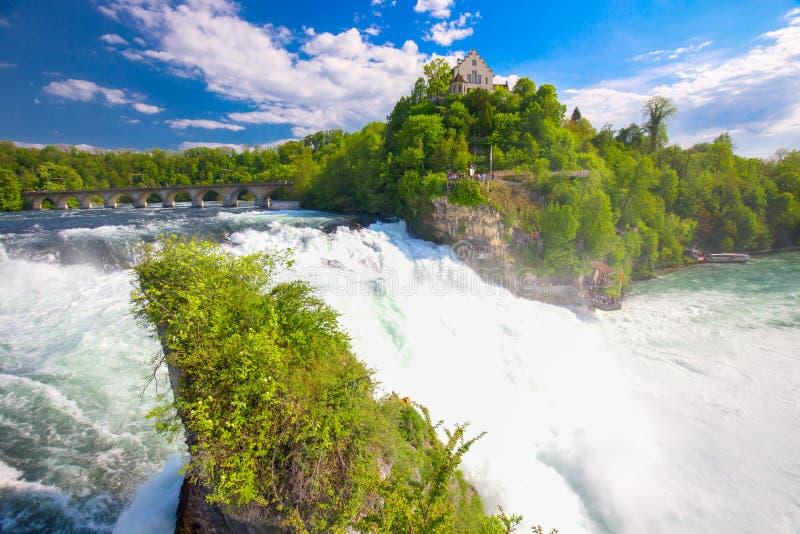 Rhine Falls около Schaffhausen в Швейцарии стоковое изображение