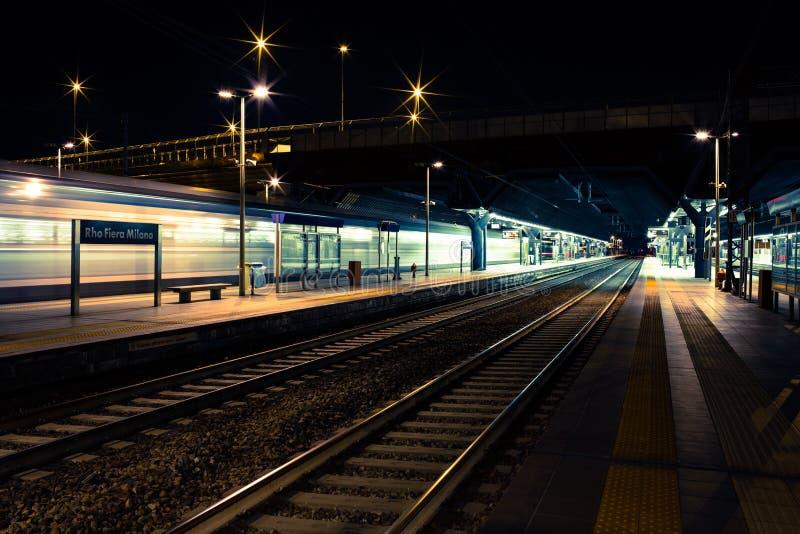 Rho Fiera Milano stacja kolejowa zdjęcie stock