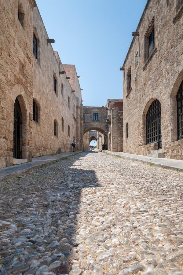Rhodes Grekland Maj 30, 2018 Gatan av riddarna Gammal stad, ö av Rhodes, Grekland, Europa arkivfoton