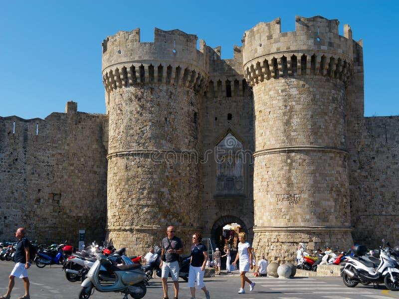 Rhodes Grekland, Marine Gate royaltyfria bilder