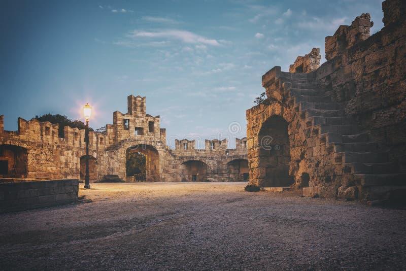 Rhodes stadport arkivfoton