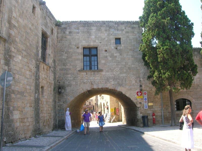 Rhodos die alte Hafenstadt lizenzfreie stockfotos