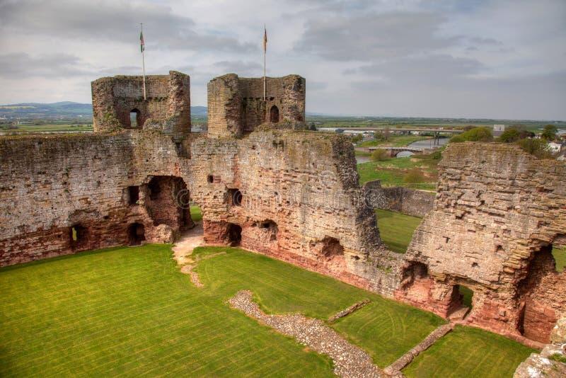 rhuddlan slott royaltyfri foto