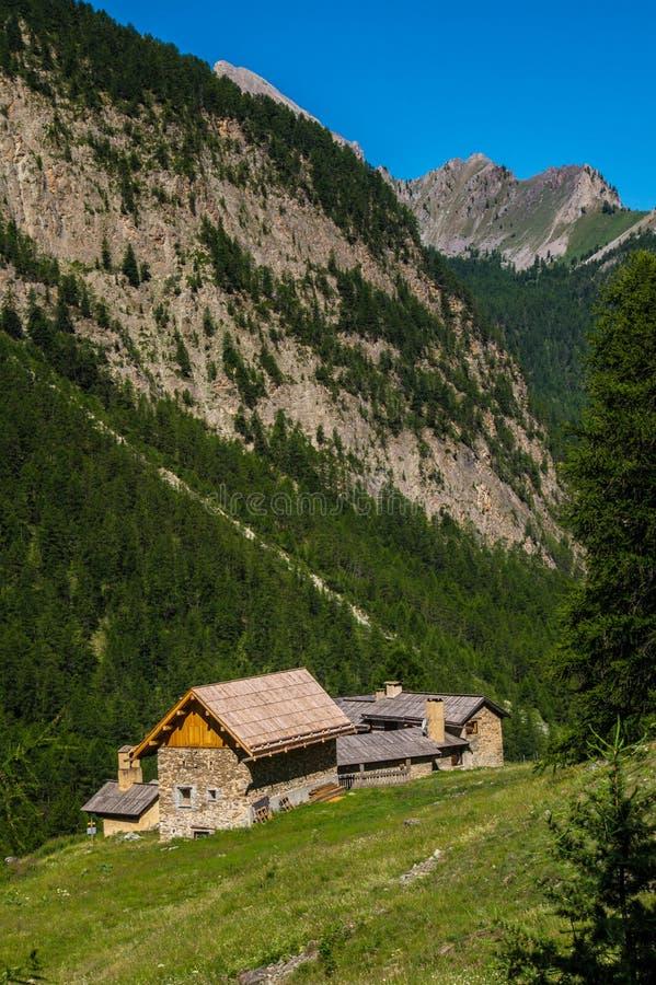 Riaille ceillac quyras in Hautes-Alpes in Frankrijk stock afbeeldingen