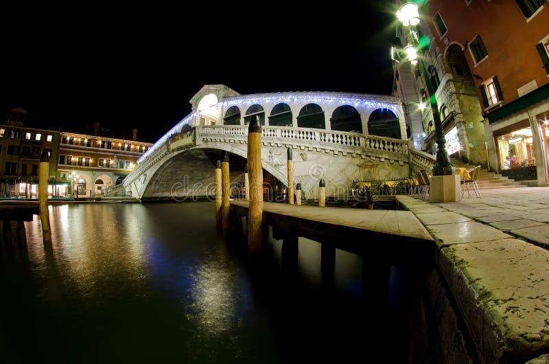 Download Rialto bridge at night stock illustration. Illustration of europe - 23516106