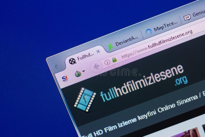 Riazan, Russie - 13 mai 2018 : Site Web de FullHDFilmizlesene sur l'affichage du PC, URL - FullHDFilmizlesene org photo libre de droits