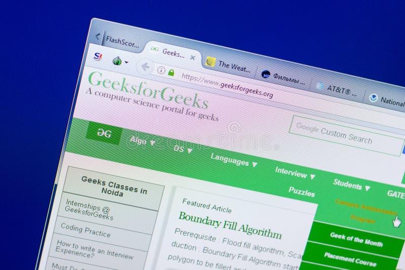 Riazan, Russie - 8 mai 2018 : Site Web de GeeksForGeeks sur l'affichage du PC, URL - GeeksForGeeks org images libres de droits