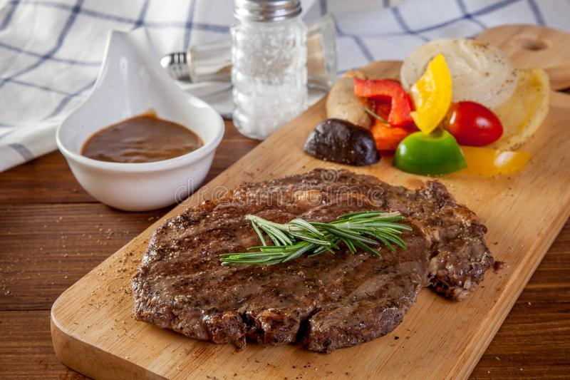 Rib Eye Steak images libres de droits