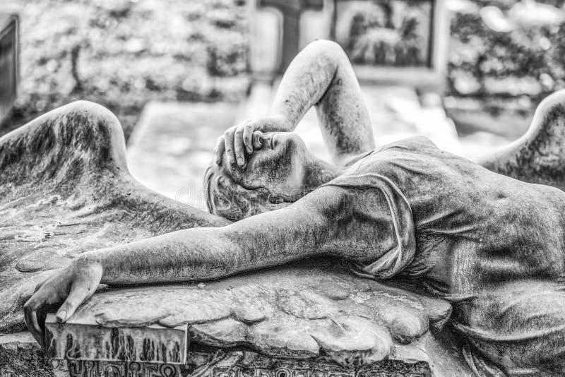 Ribaudo家庭的坟茔,热那亚,意大利巨大的公墓,著名为盖子唯一英国带喜悦Divisi 库存照片