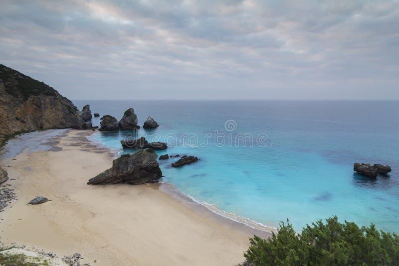 Ribeira faz a praia de Cavalo em Sesimbra Portugal fotografia de stock royalty free