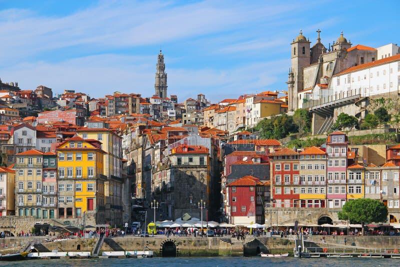 Ribeira område i hjärtan av Porto, Portugal arkivbild