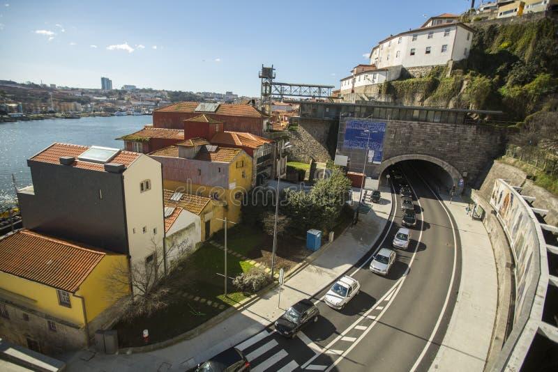 Ribeira, vista del fiume del Duero a Oporto Nel 1996, l'Unesco ha riconosciuto Città Vecchia di Oporto come sito del patrimonio m immagini stock