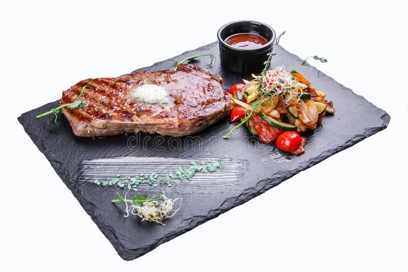 Ribeye stek z warzywami zdjęcia royalty free