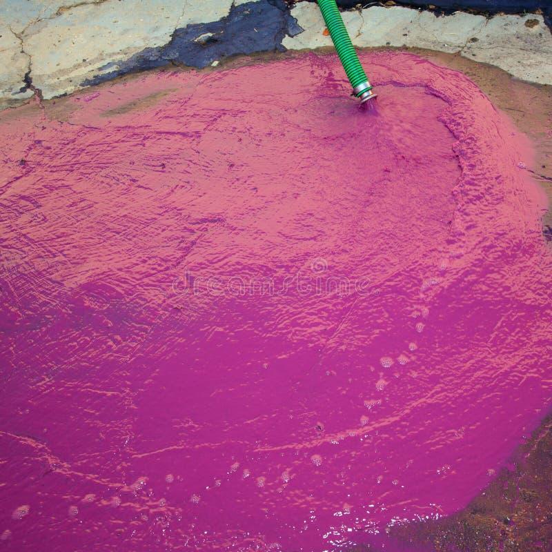Ricchi della vinaccia del vino in acido tartarico nel rosa magenta immagini stock libere da diritti