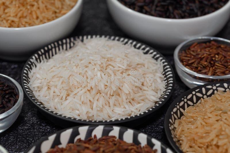 Rice, różne rozmaitość surowi ryż zdjęcie stock
